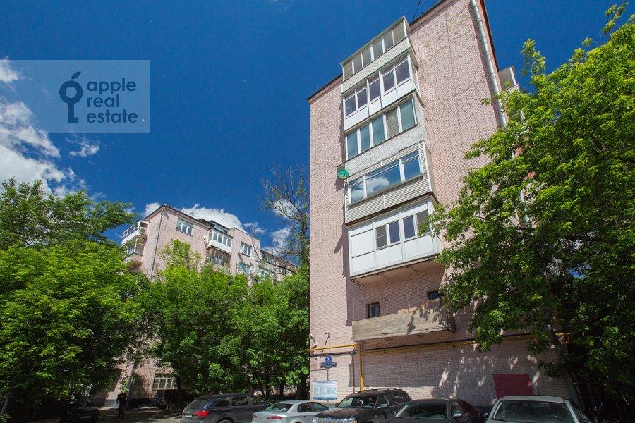 Фото дома 3-комнатной квартиры по адресу Златоустинский Большой пер. 3Ас2