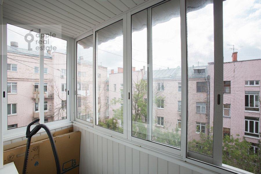 Балкон / Терраса / Лоджия в 3-комнатной квартире по адресу Златоустинский Большой пер. 3Ас2