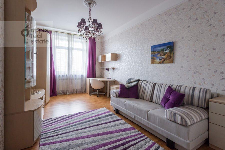 Children's room / Cabinet of the 3-room apartment at Yablochkova ul. 16