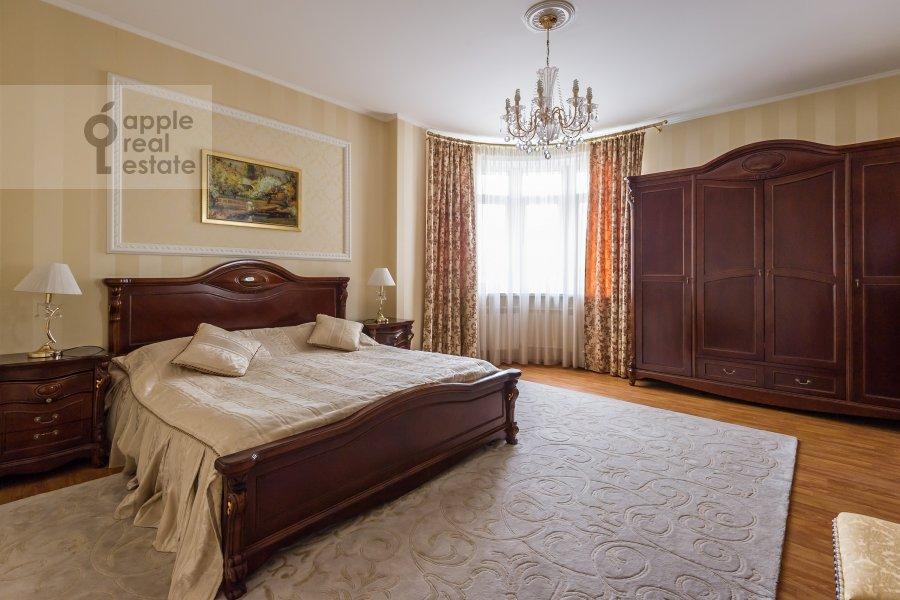 Bedroom of the 3-room apartment at Yablochkova ul. 16