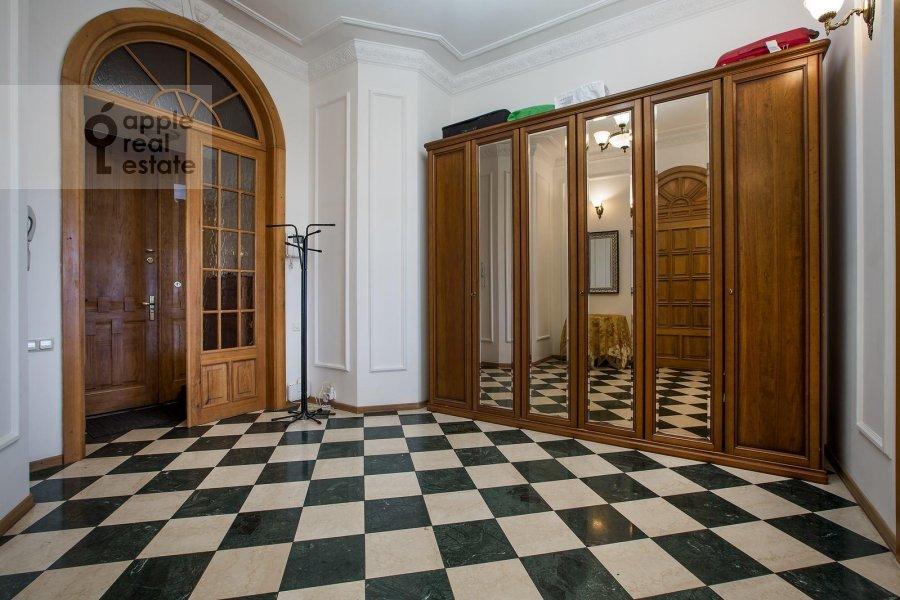 Corridor of the 4-room apartment at Znamenka ul. 15