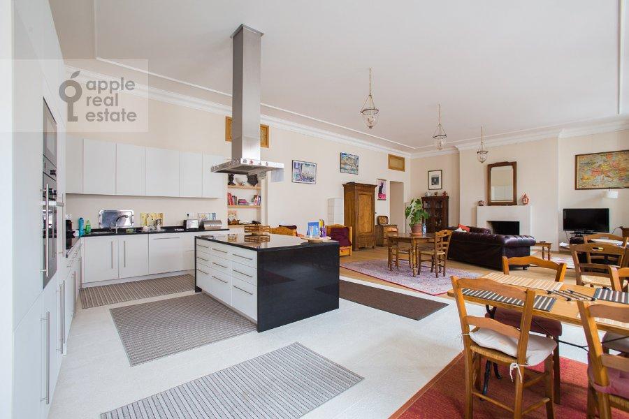 Кухня в 3-комнатной квартире по адресу Мясницкая ул. 24/7с2
