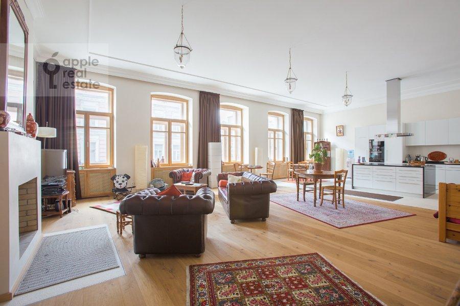 Гостиная в 3-комнатной квартире по адресу Мясницкая ул. 24/7с2