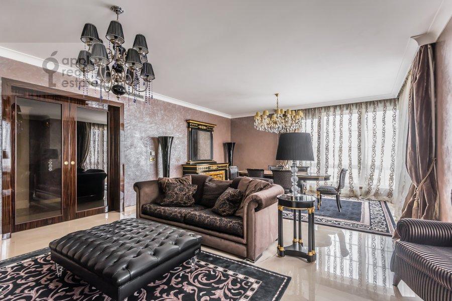 Гостиная в 4-комнатной квартире по адресу Смоленский 1-й пер. 17