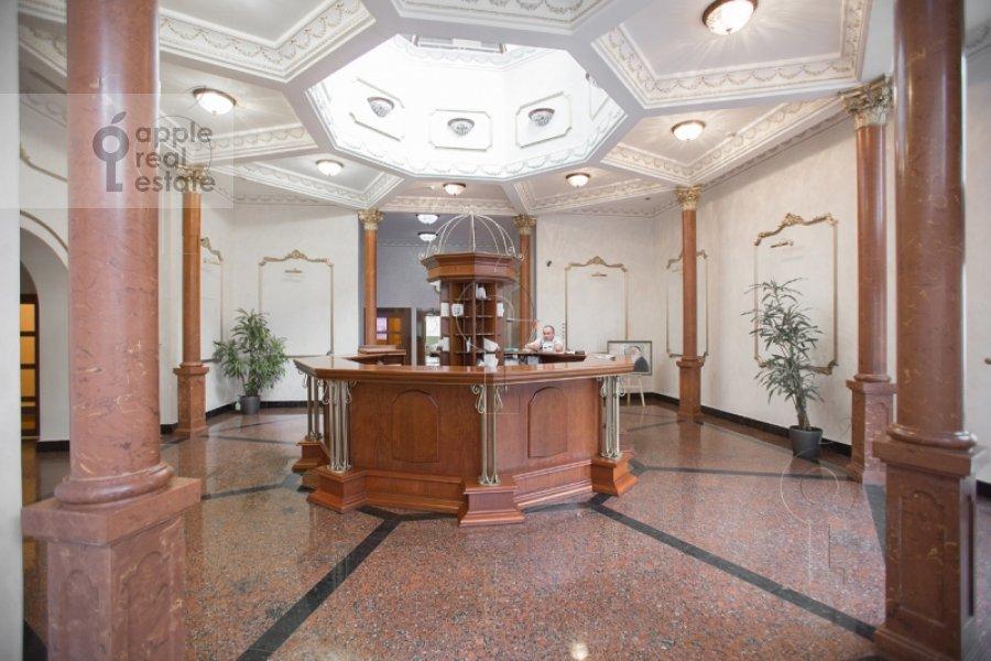 Фото дома 4-комнатной квартиры по адресу Смоленский 1-й пер. 17