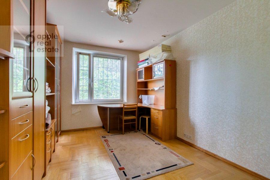 Детская комната / Кабинет в 4-комнатной квартире по адресу Теплый Стан ул. 3