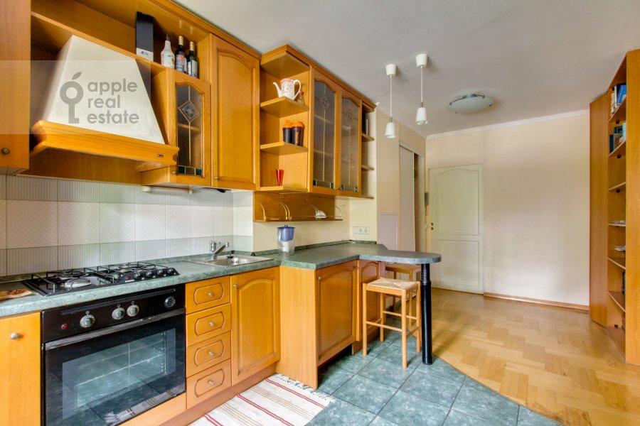 Кухня в 4-комнатной квартире по адресу Теплый Стан ул. 3