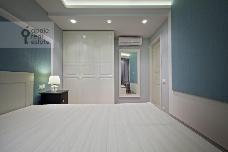 Bedroom of the 3-room apartment at Spasskaya Bol'shaya ul. 31