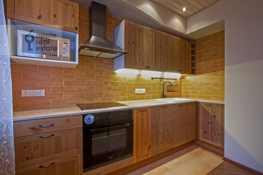 Kitchen of the 3-room apartment at Spasskaya Bol'shaya ul. 31