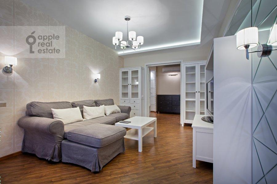Living room of the 3-room apartment at Spasskaya Bol'shaya ul. 31