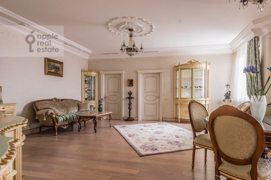 Гостиная в 2-комнатной квартире по адресу Маршала Жукова пр-т. 78
