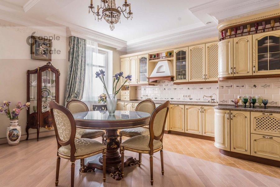 Кухня в 2-комнатной квартире по адресу Маршала Жукова пр-т. 78