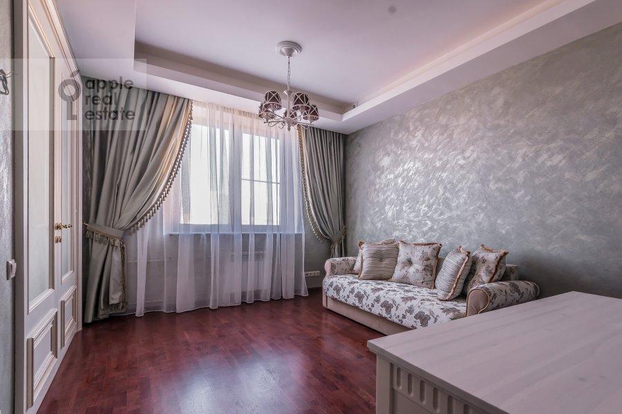 Детская комната / Кабинет в 4-комнатной квартире по адресу Шмитовский пр. 20