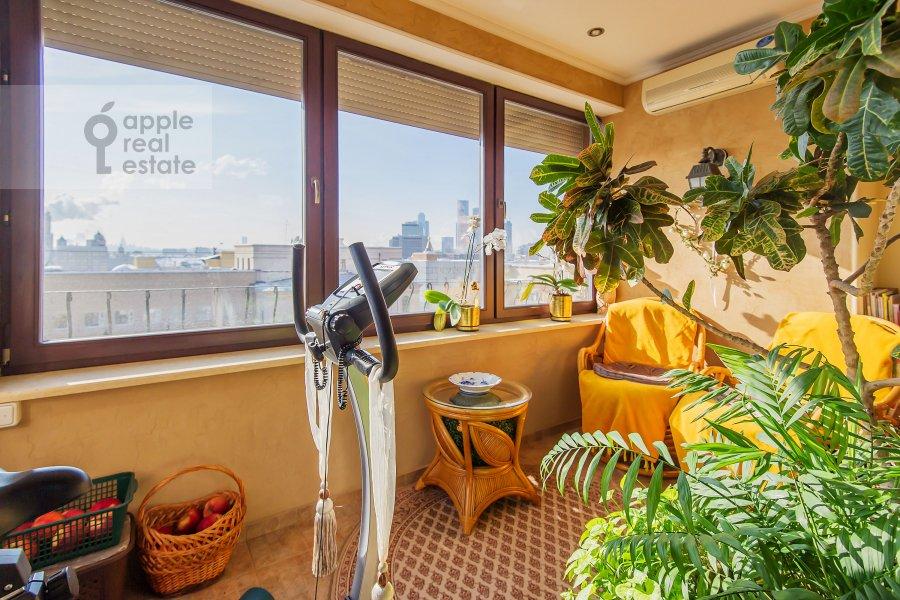 Balcony / Terrace / Loggia of the 4-room apartment at Zamorenova ul. 21