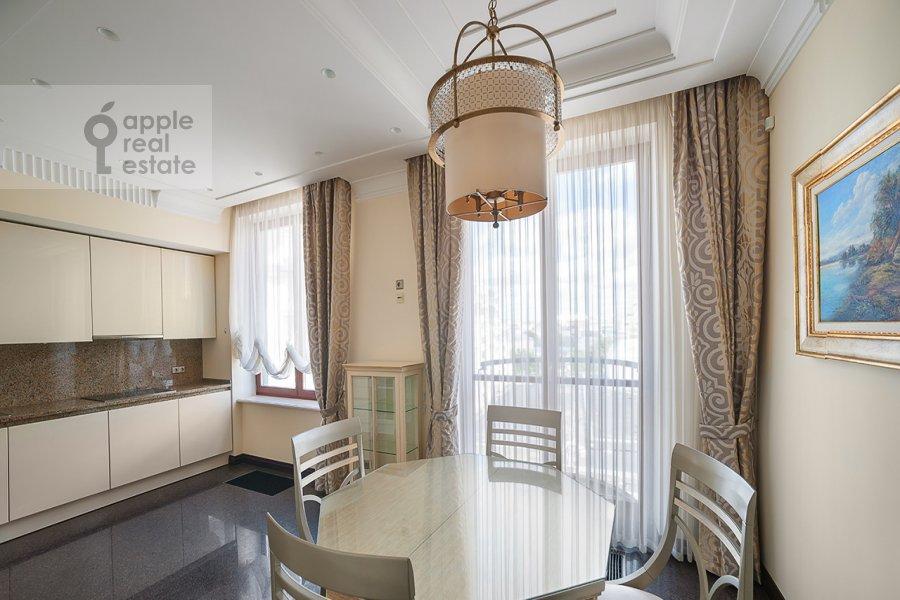 Кухня в 4-комнатной квартире по адресу Остоженка ул. 27к2