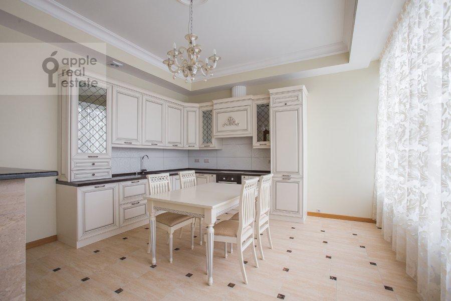 Kitchen of the 5-room apartment at Eropkinskiy per. 16