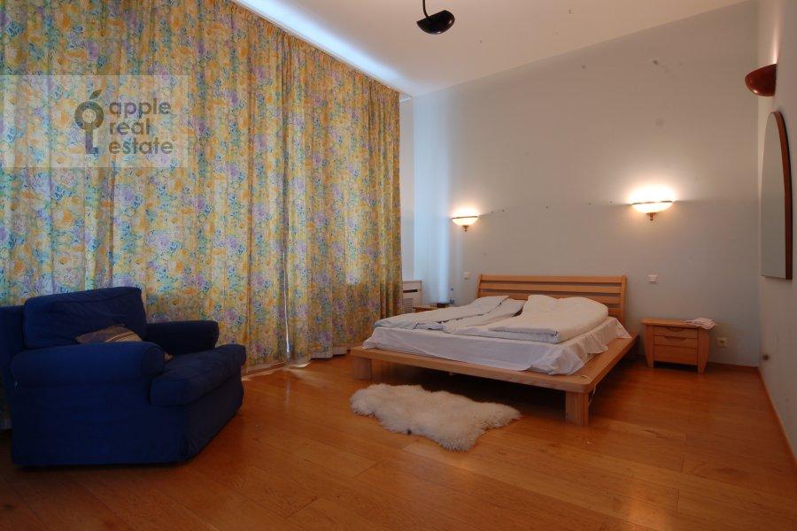 Спальня в 2-комнатной квартире по адресу Серафимовича ул. 2
