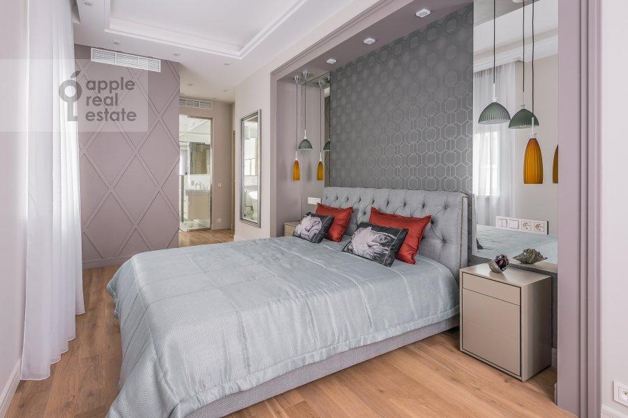 Bedroom of the 3-room apartment at Bogoslovskiy per. 12a
