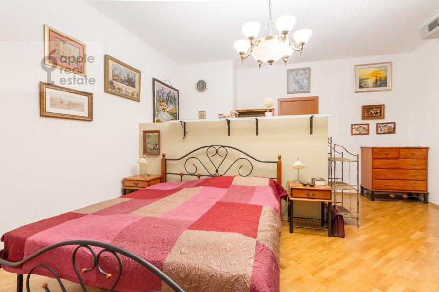 Bedroom of the 3-room apartment at Veskovskiy tupik 3