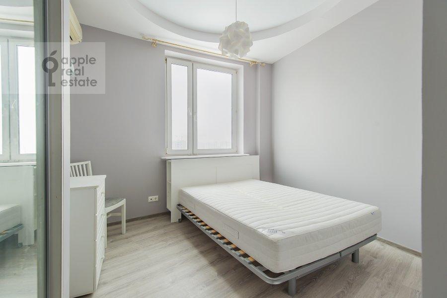 Bedroom of the 2-room apartment at Akademika Anokhina ul. 2k4
