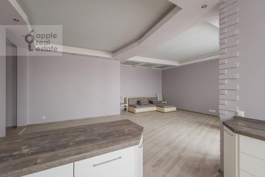 Kitchen of the 2-room apartment at Akademika Anokhina ul. 2k4
