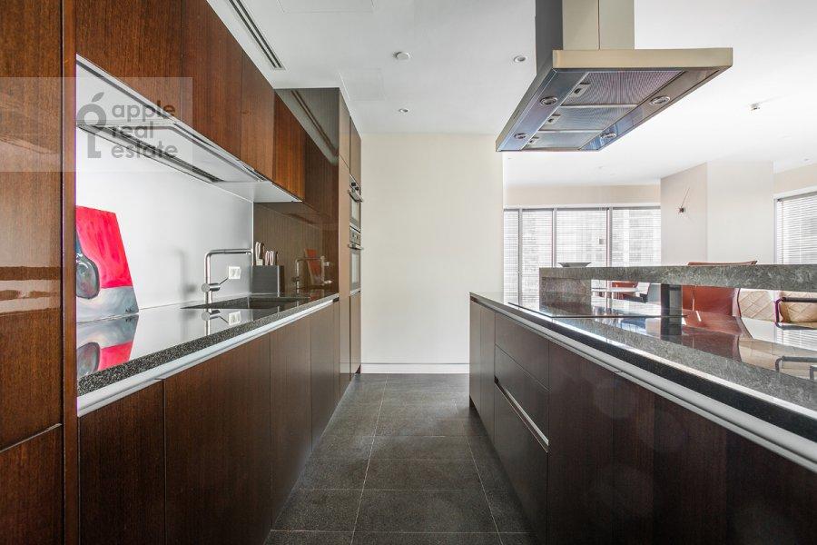 Kitchen of the 3-room apartment at 1-y Krasnogvardeyskiy proezd 21s1