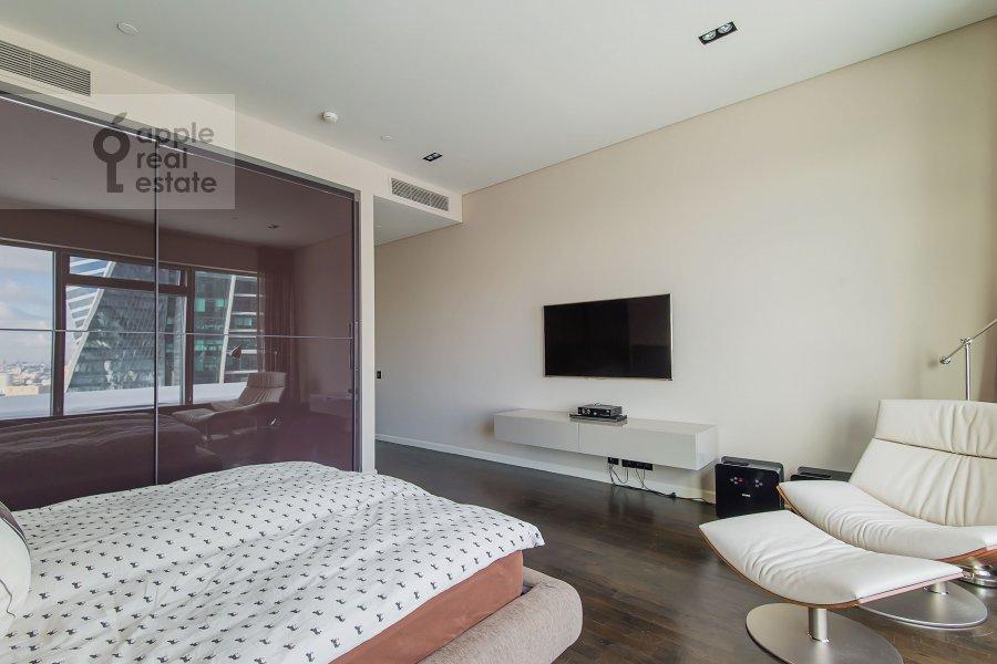 Bedroom of the 3-room apartment at Presnenskaya naberezhnaya 8s1