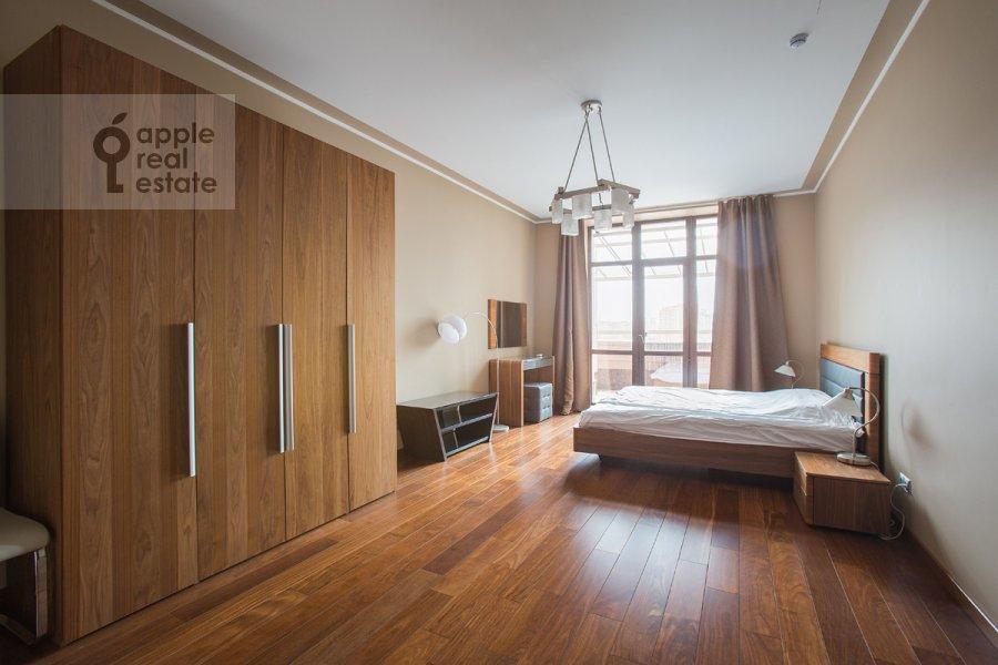 Спальня в 3-комнатной квартире по адресу Чапаевский пер. 3