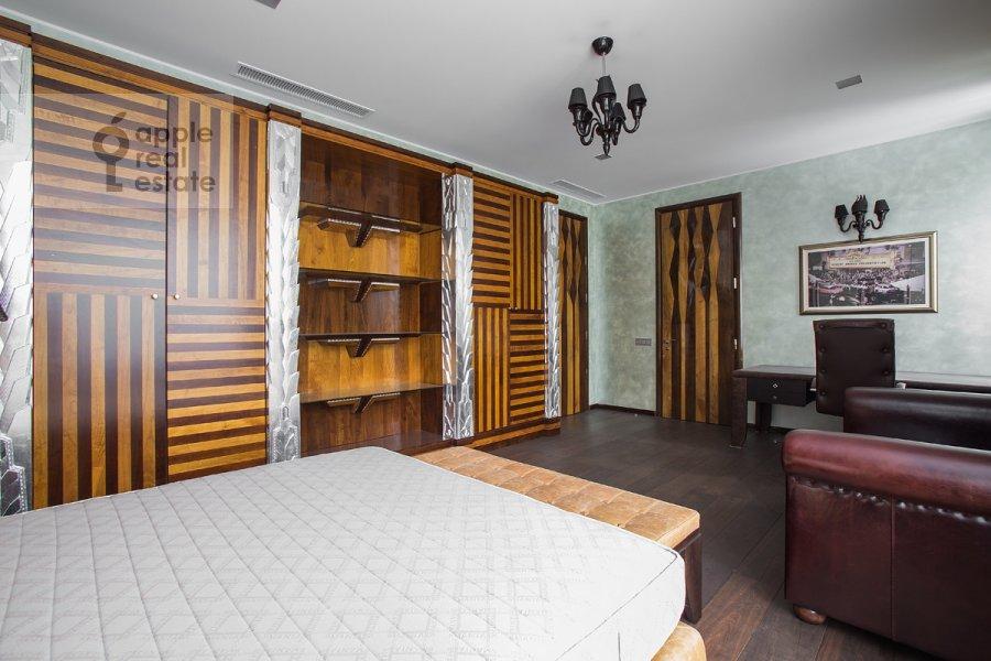 Спальня в 3-комнатной квартире по адресу Бутиковский пер. 3