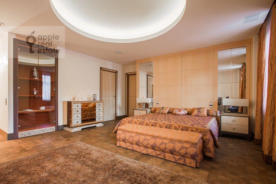 Спальня в 4-комнатной квартире по адресу 2-я Фрунзенская улица 12