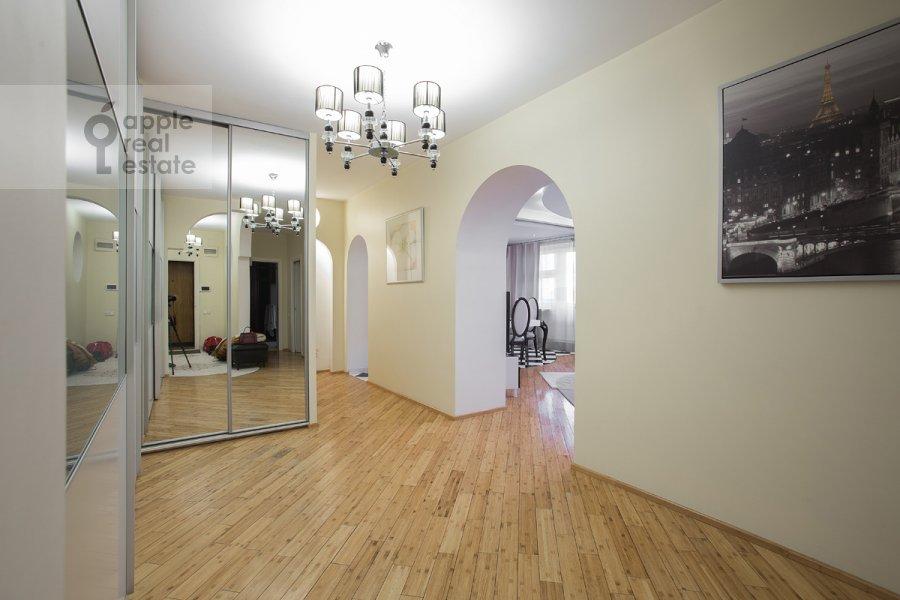 Corridor of the 3-room apartment at Protochnyy pereulok 11