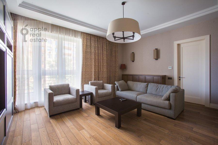Гостиная в 2-комнатной квартире по адресу Богословский пер. 12А