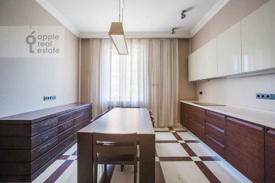 Кухня в 2-комнатной квартире по адресу Богословский пер. 12А