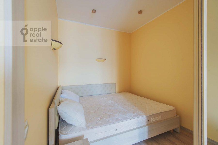 Bedroom of the 1-room apartment at Velozavodskaya ul. 2k3