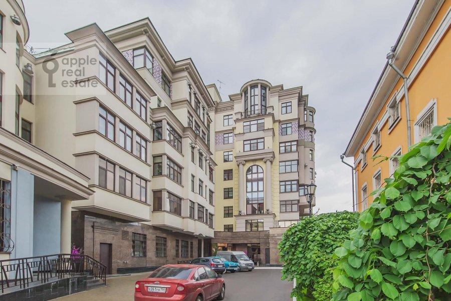 Фото дома 4-комнатной квартиры по адресу Озерковская наб. 52А