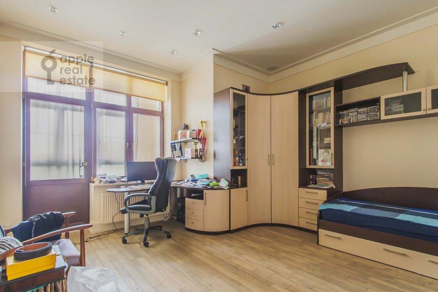 Детская комната / Кабинет в 4-комнатной квартире по адресу Озерковская наб. 52А