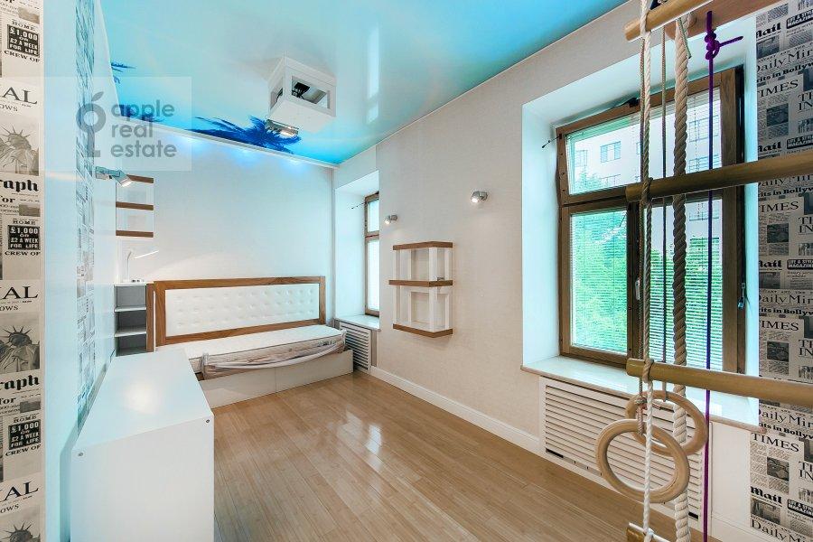 Спальня в 5-комнатной квартире по адресу Филипповский пер. 18