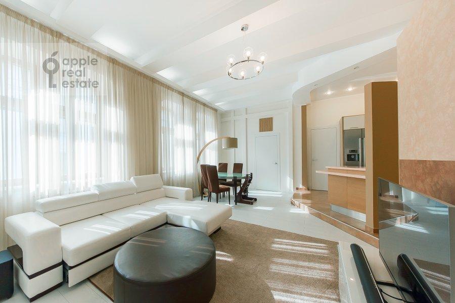 Гостиная в 5-комнатной квартире по адресу Филипповский пер. 18