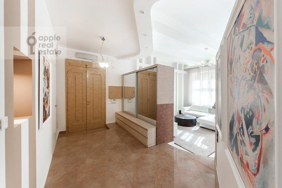 Corridor of the 5-room apartment at Filippovskiy per. 18