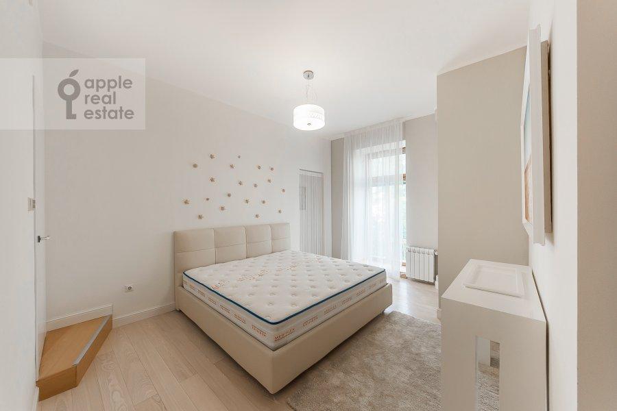 Bedroom of the 5-room apartment at Filippovskiy per. 18