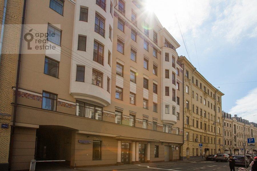 Фото дома 3-комнатной квартиры по адресу Малый Козихинский переулок 14