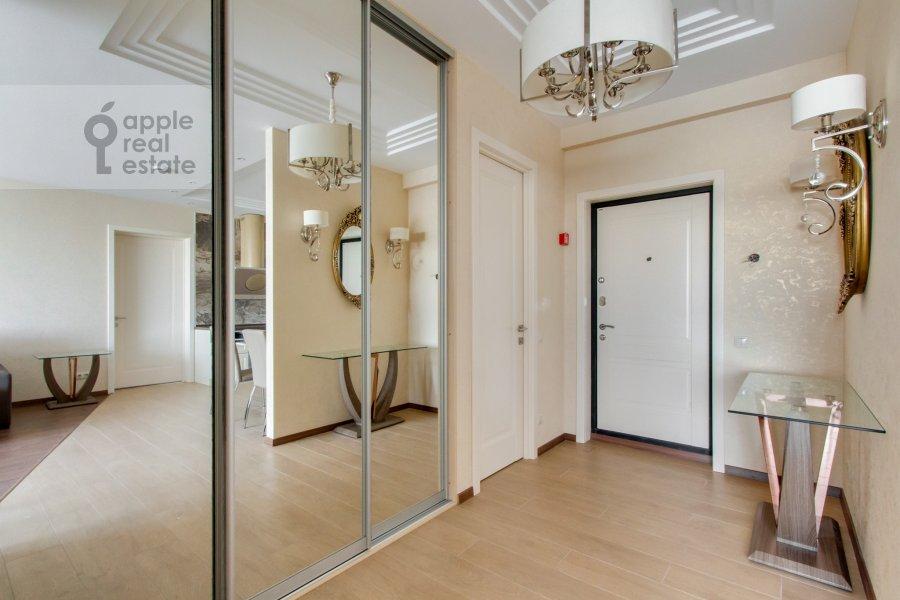 Corridor of the 4-room apartment at Novoyasenevskiy pr-t 9