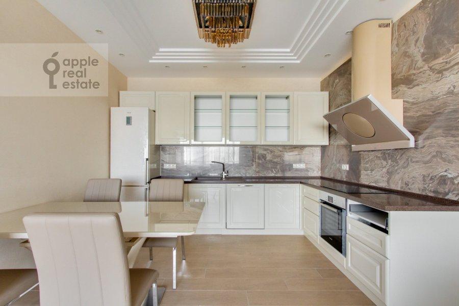Kitchen of the 4-room apartment at Novoyasenevskiy pr-t 9