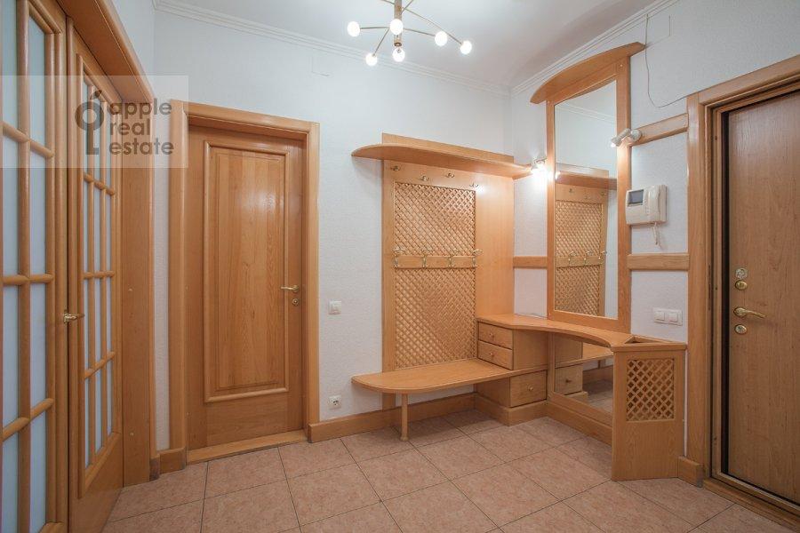 Коридор в 4-комнатной квартире по адресу Голиковский пер. 15