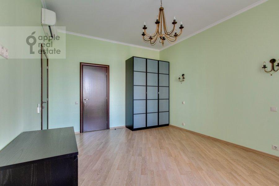 Детская комната / Кабинет в 3-комнатной квартире по адресу Ленинский  пр-т. 96