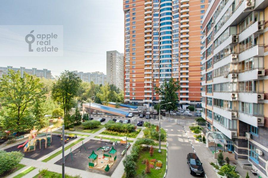 Вид из окна в 3-комнатной квартире по адресу Ленинский  пр-т. 96