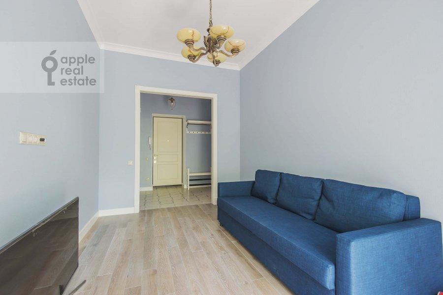 Living room of the 2-room apartment at Malaya Bronnaya ul. 17