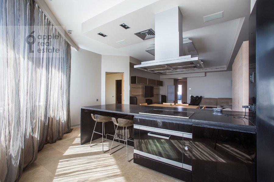 Кухня в 4-комнатной квартире по адресу Ленинский  пр-т. 116к1