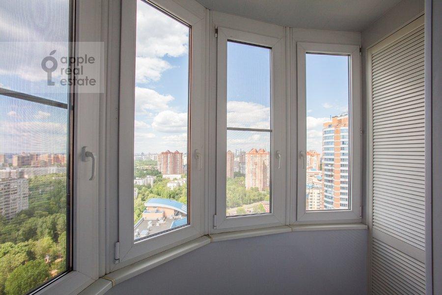 Балкон / Терраса / Лоджия в 4-комнатной квартире по адресу Ленинский  пр-т. 116к1