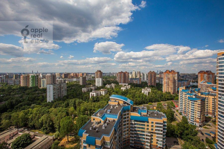Вид из окна в 4-комнатной квартире по адресу Ленинский  пр-т. 116к1